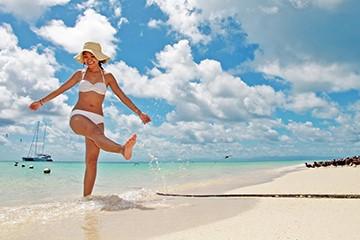 Flyg till tropiska Cairns