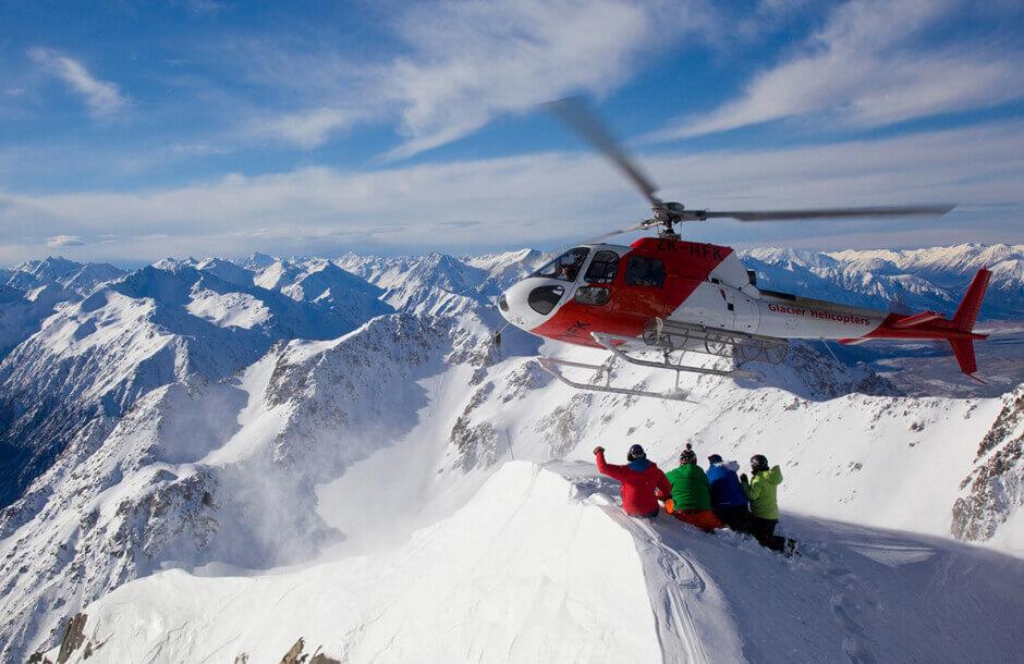 Helikoptertur över glaciärer