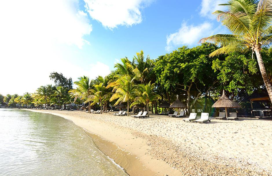 Hotel Ravenala Attitude Beach