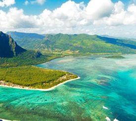 Sol och bad på tropiska Mauritius