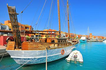 Från Röda havet till Medelhavet