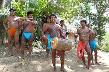 Indianfolk i Chagres nationalpark