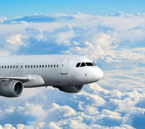 Smittorisk av covid-19 på flyg
